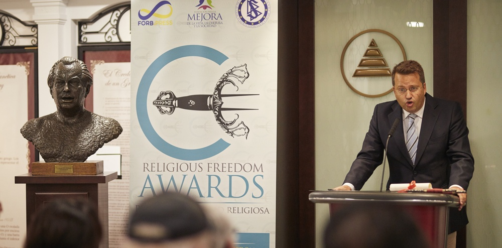 fundacion mejora marcos gonzalez religious freedom awards
